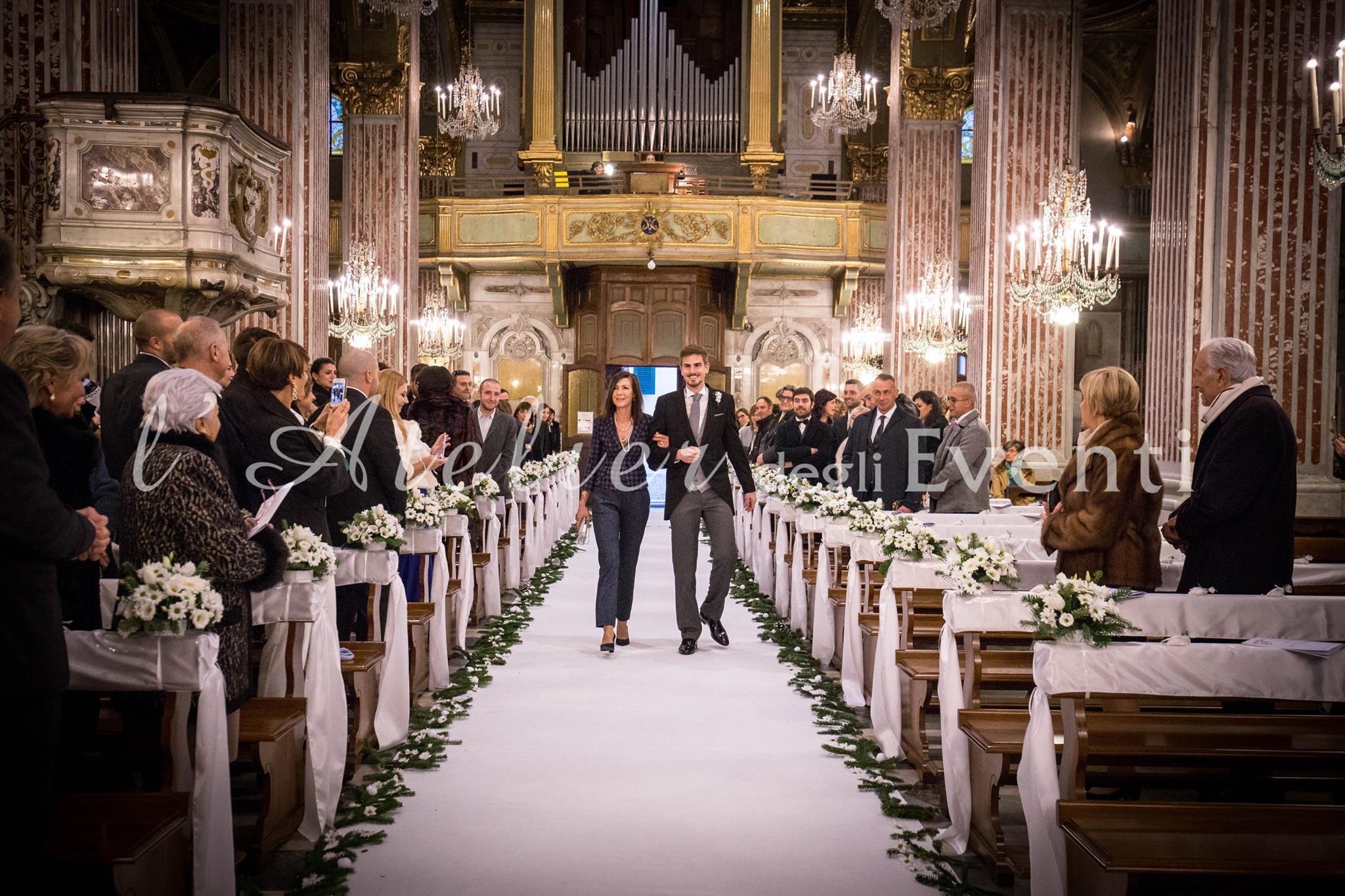 13_entrata_sposo_matrimonio_nozze_liguria_natale_fiori_fotografia