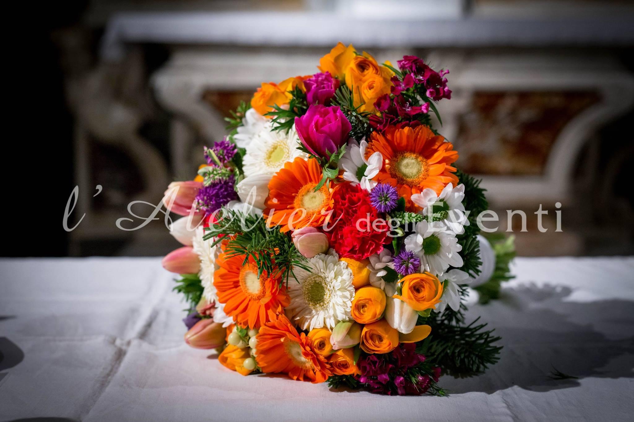 17_bouquet_sposa_colorato_matrimonio_elisabetta_massimo_floreale