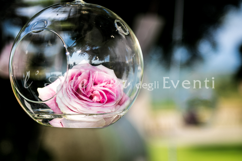 fiori-matrimonio-boccia-vetro-rosa